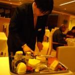 チーズの取分けサービス